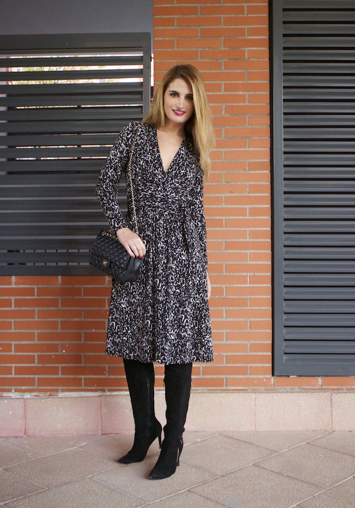 michael kors animal print dress amaras la moda chanel bag over the knee boots Pilar Burgos Paula Fraile9