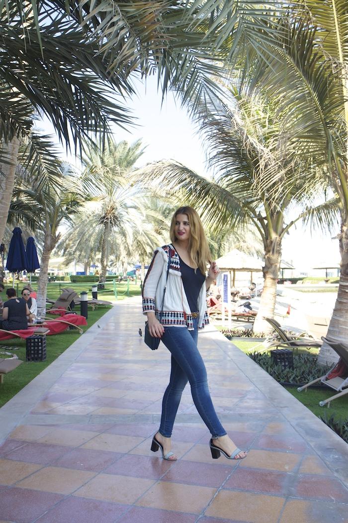 hermes belt michael kors bag zara jacket abu dhabi rotana beach amaras la moda  Paula Fraile8