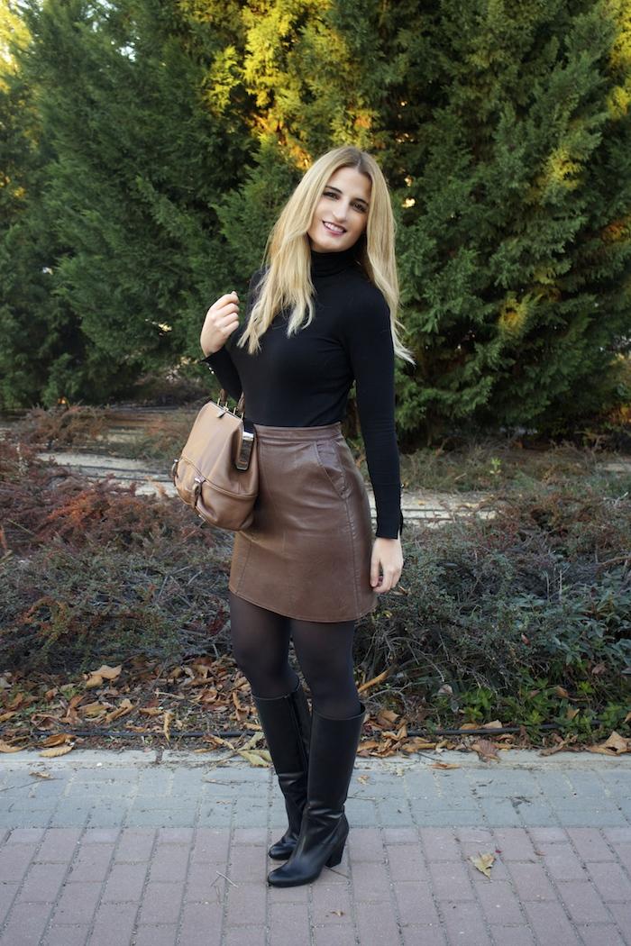 leather skirt zara  michael kors bag pilar burgos boots amaras la moda paula fraile8