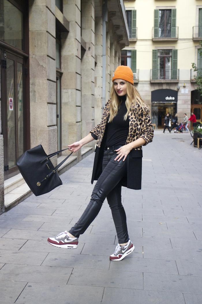 verace jeans zara coat pull and bear bonnet amaras la moda paula fraile3