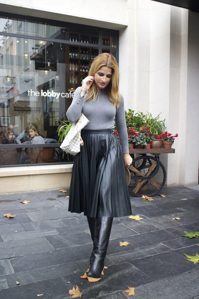 Louis vuitton bag leather skirt amaras la moda Paula Fraile2