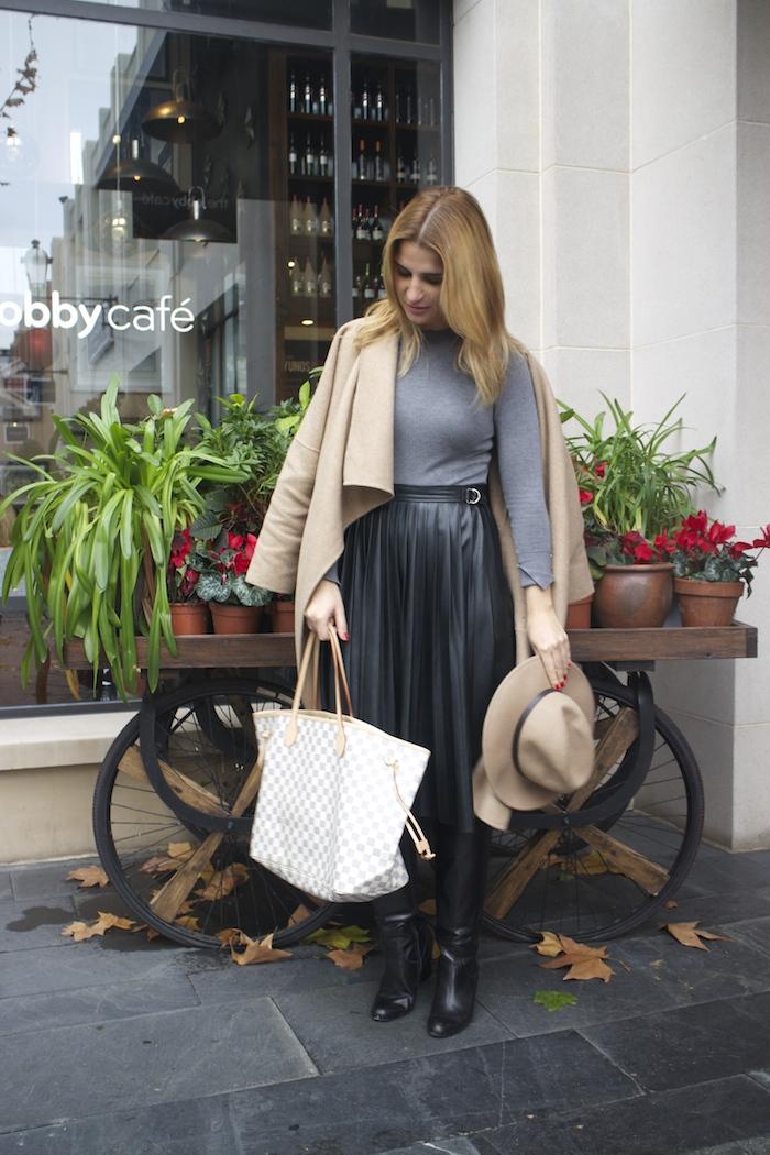 Louis vuitton bag leather skirt amaras la moda Paula Fraile3