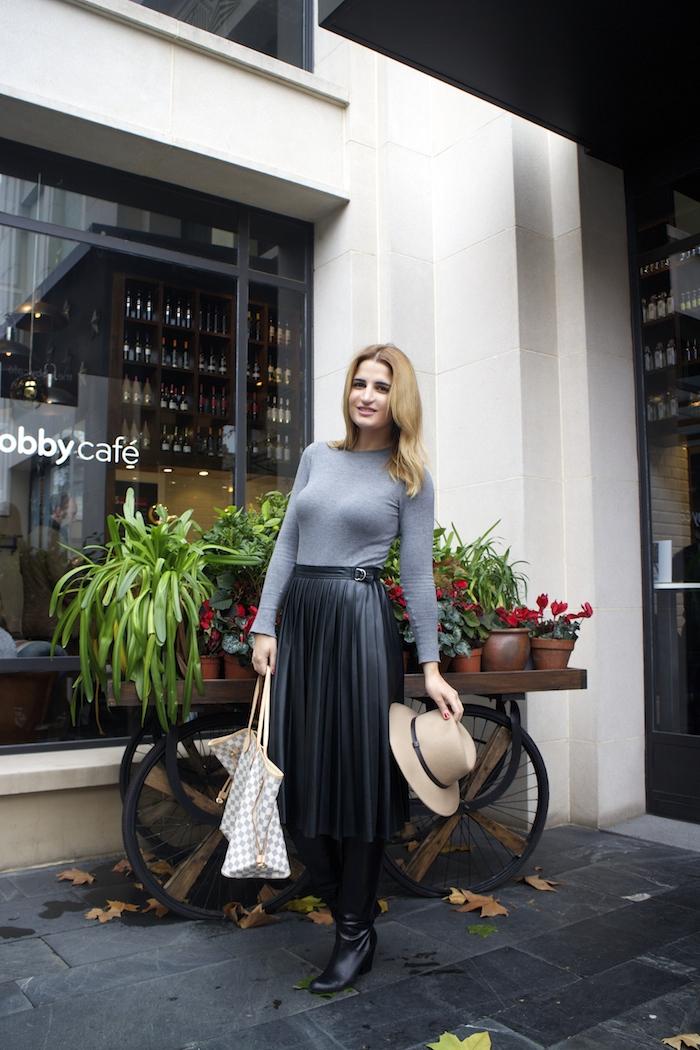 Louis vuitton bag leather skirt amaras la moda Paula Fraile4