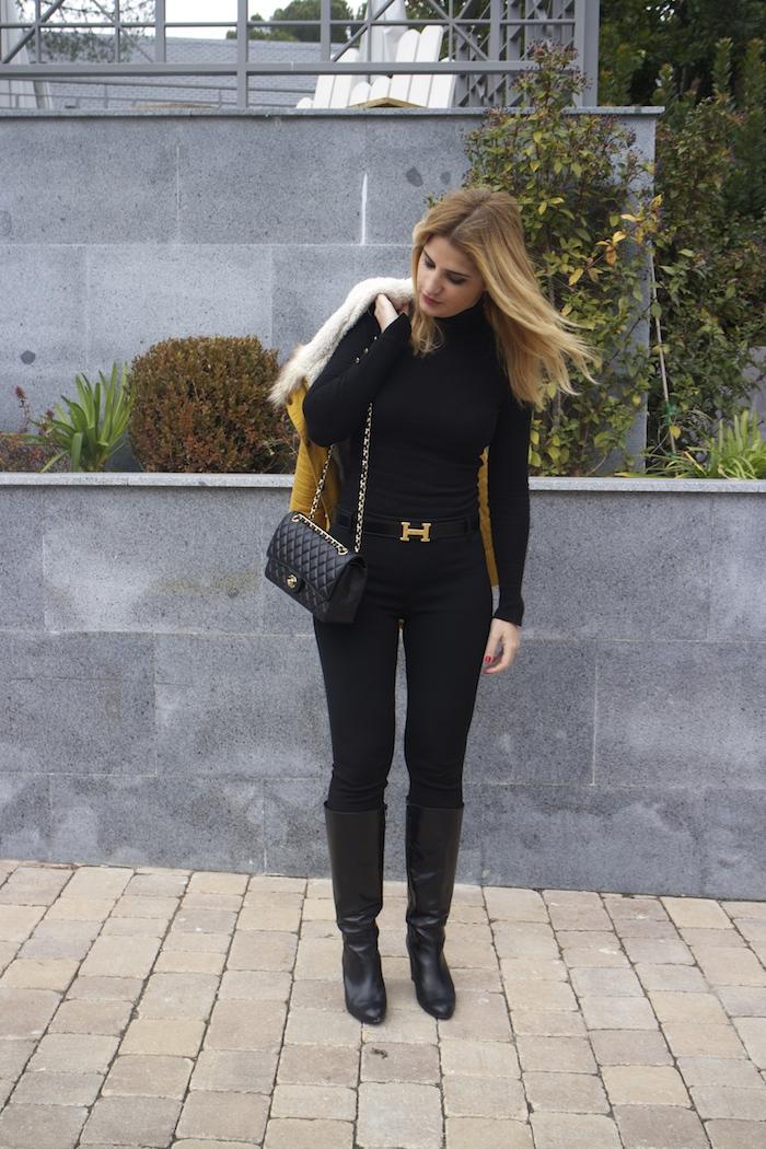 hermes belt sheinside parka chanel bag pilar burgos boots Amaras la moda Paula Fraile6