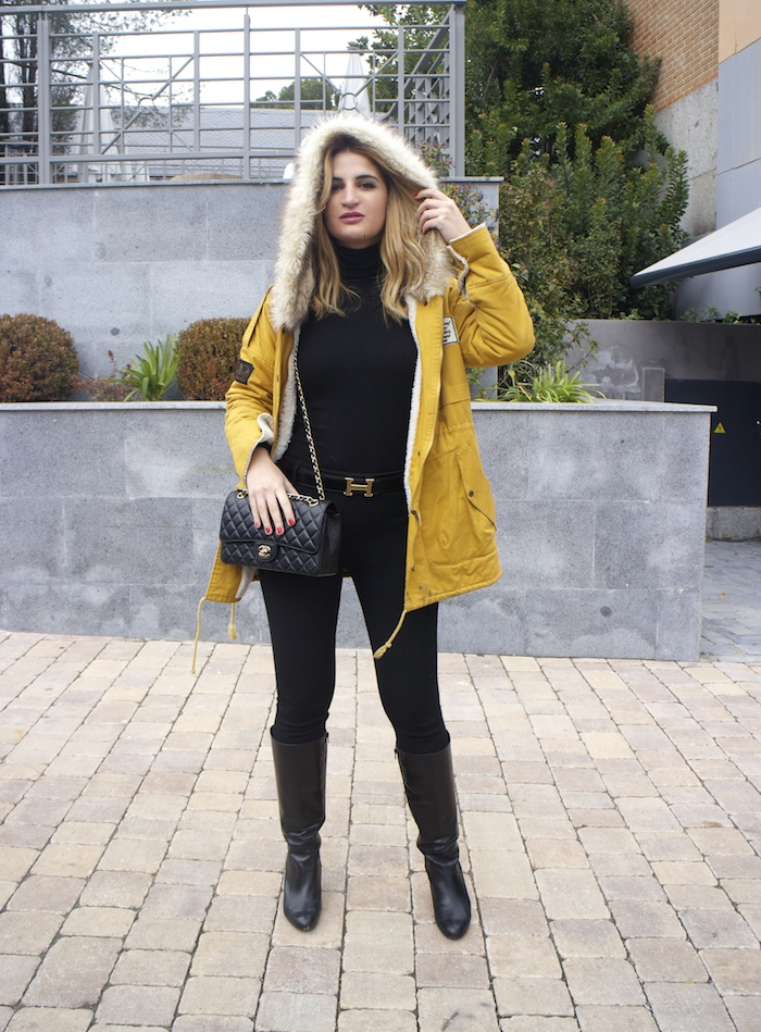 hermes belt sheinside parka chanel bag pilar burgos boots Amaras la moda Paula Fraile7