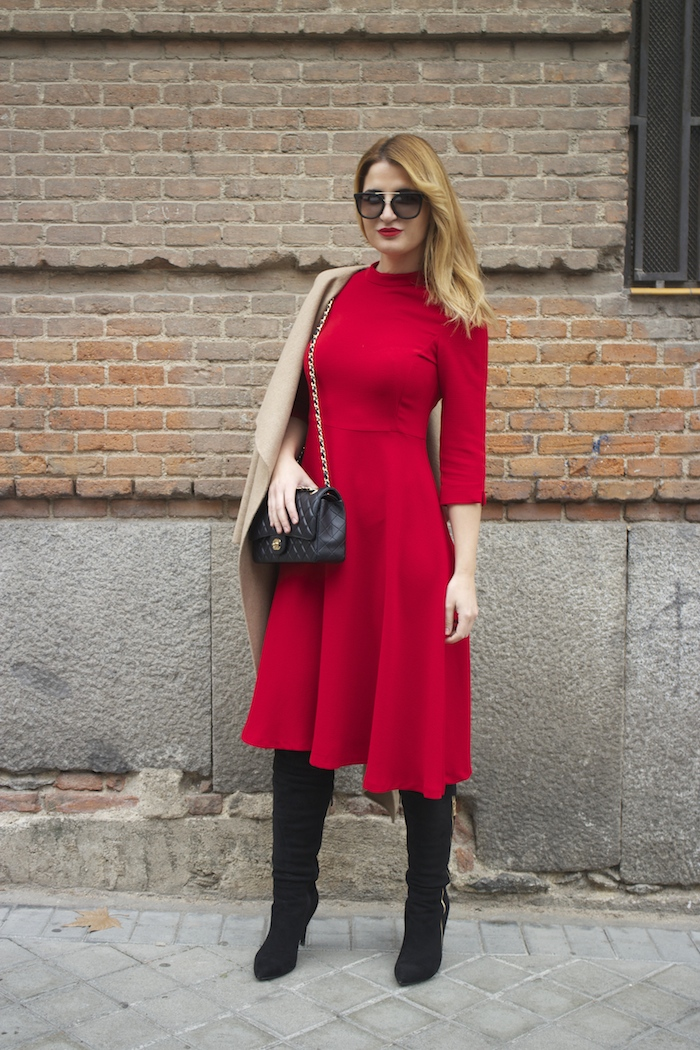red dress zara chanel bag prada sunnies amaras la moda Paula Fraile