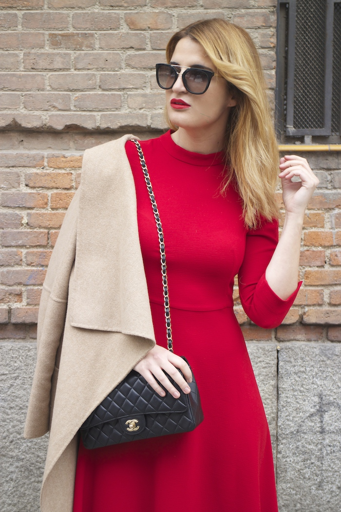red dress zara chanel bag prada sunnies amaras la moda Paula Fraile2