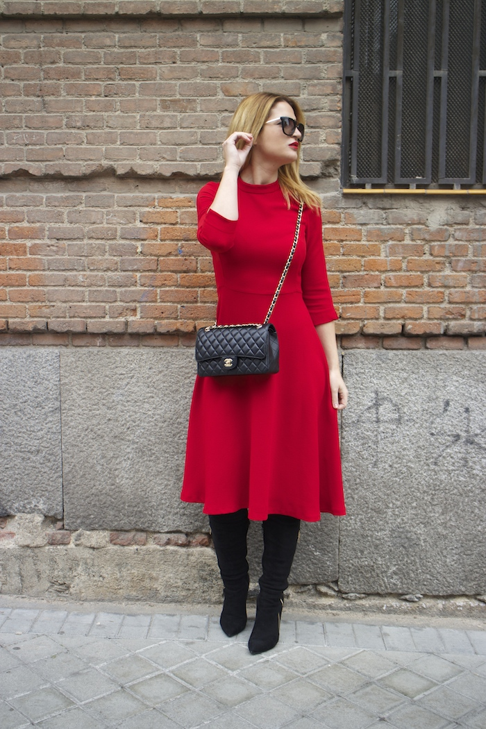 red dress zara chanel bag prada sunnies amaras la moda Paula Fraile8