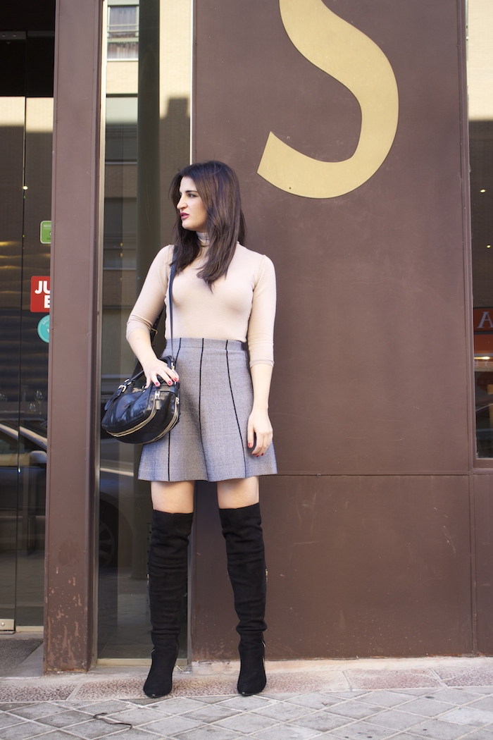 dolce and gabanna coat prada bag zara skirt over the knee boots paula fraile amaras la moda6