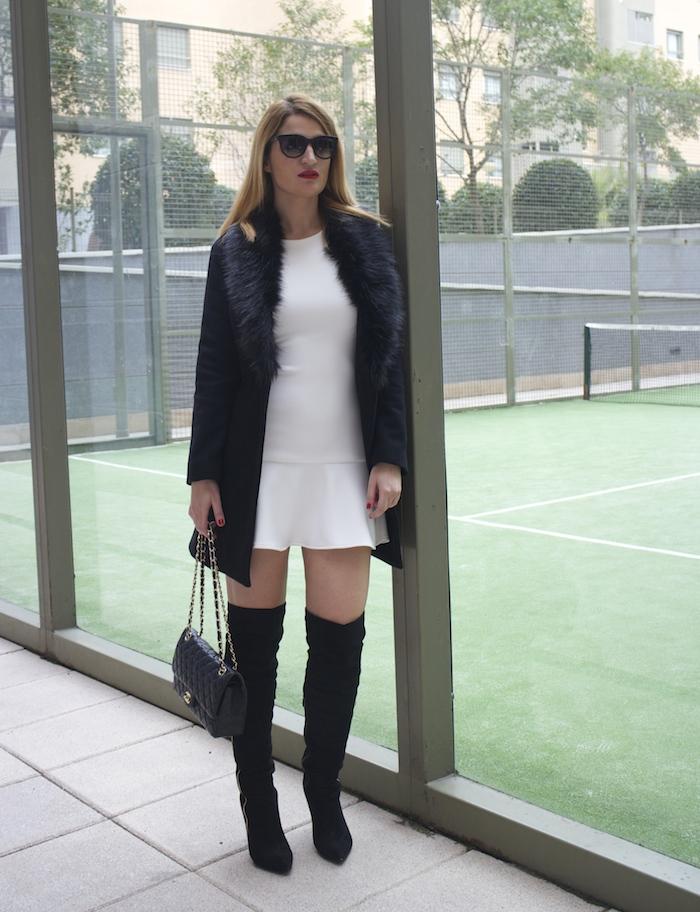 etxart and panno dress coat chanel bag Paula Fraile amaras la moda fashion blogger