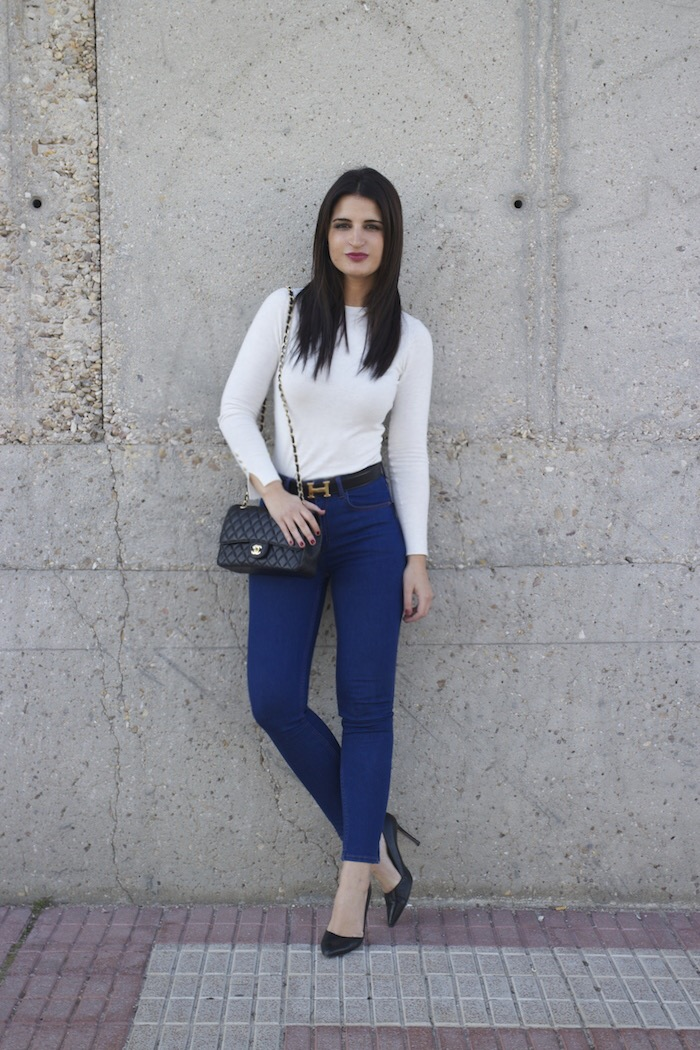 hermes belt chanel bag capri jeans white amaras la moda paula fraile12