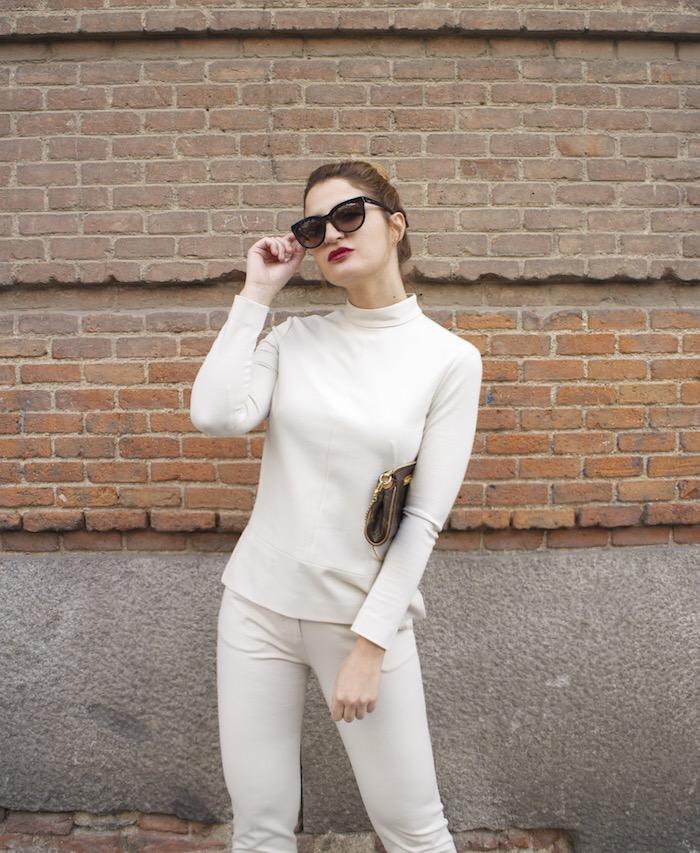 top pantalón ángel schlesser Paula Fraile Amaras la  ok moda louis vuitton bag fashion blogger1