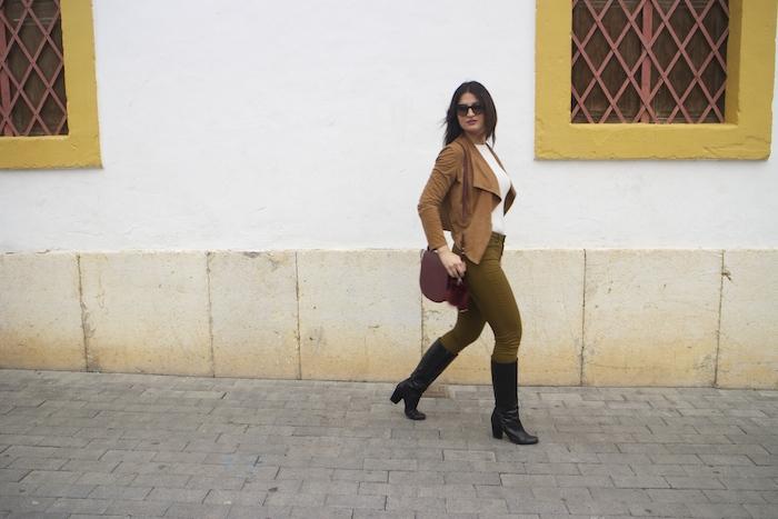 mango jacket mango bag hym jeans ralph lauren sunnies paula fraile amaras la moda3