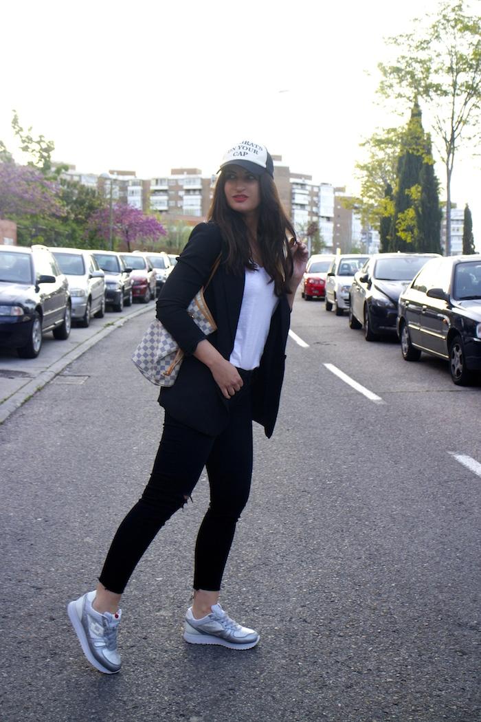 Lotto sneakers louis vuitton bag amaras la moda paula fraile