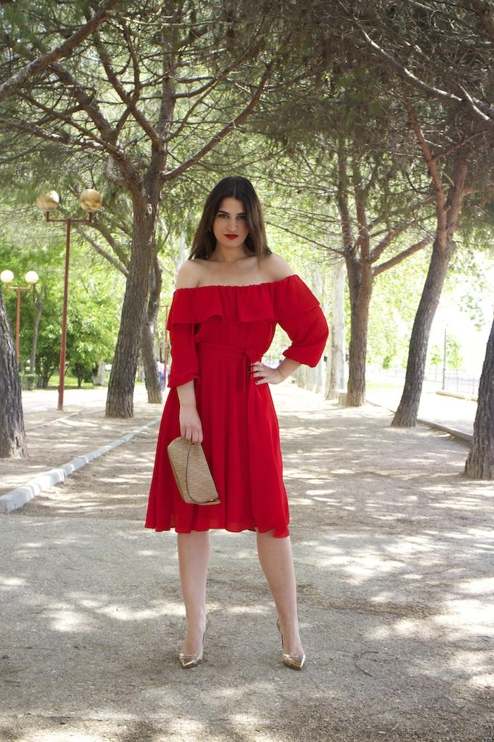 tintoretto mujer amaras la moda vestido rojo escote brigitte paula fraile stiletto sergio rossi.9