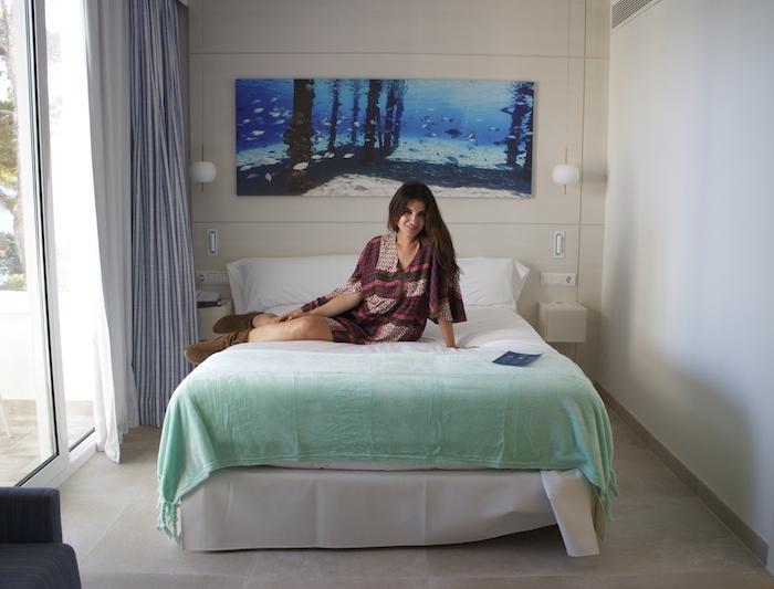 hotel iberostar SantA Eulalia Ibiza amaras la moda Paula Fraile