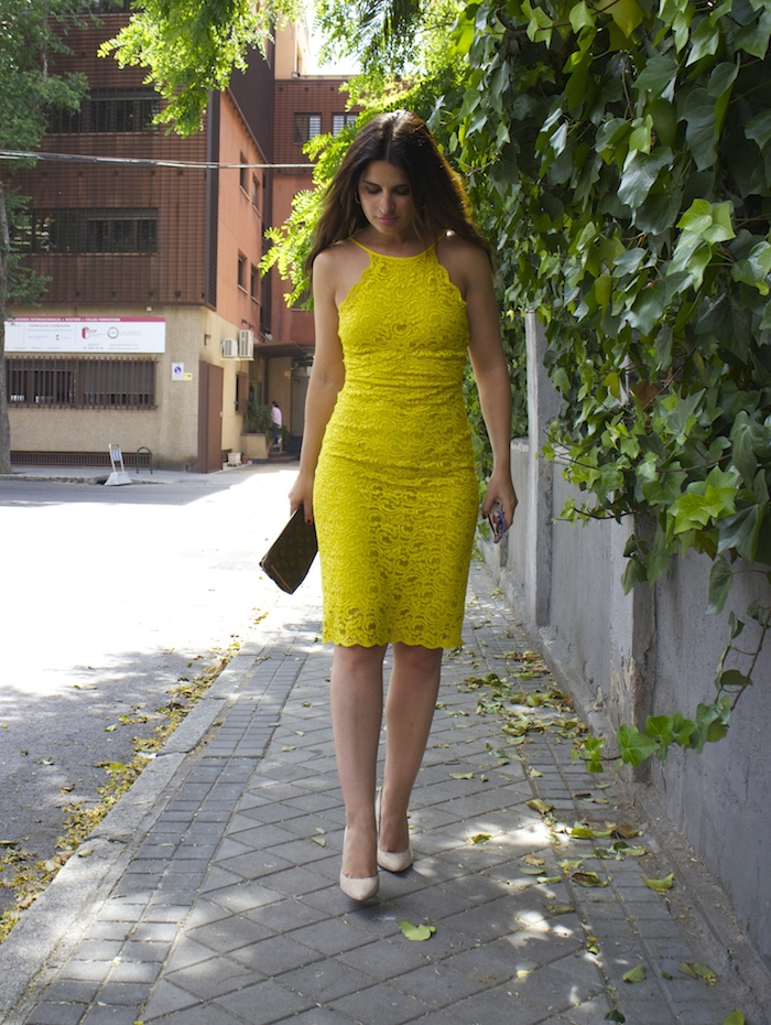 yellow dress zara amaras la moda chloe borel shoes louis vuitton bag paula fraile7