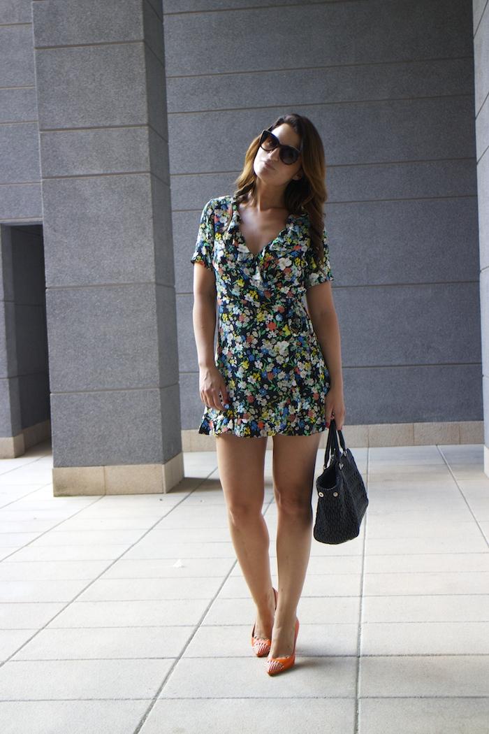 topshop flower dress amaras la moda Gucci heels Miu miu bag paula fraile6