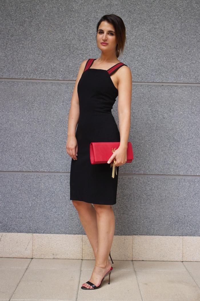 versace dress amaras la moda back carolina herrera heels yves saint laurent bag.11