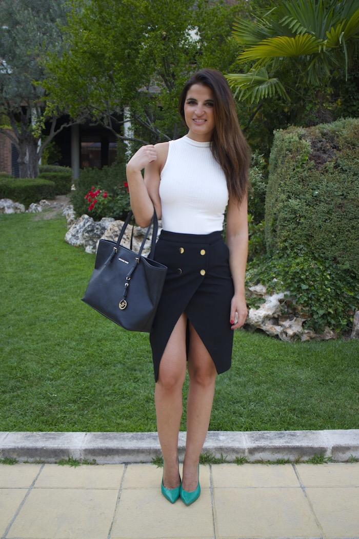 zara skirt white shirt amaras la moda paula fraile7