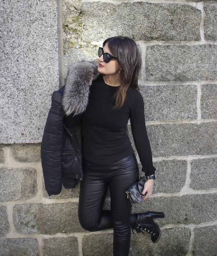 pantalones cuero dessfile.com amaras la moda paula fraile9