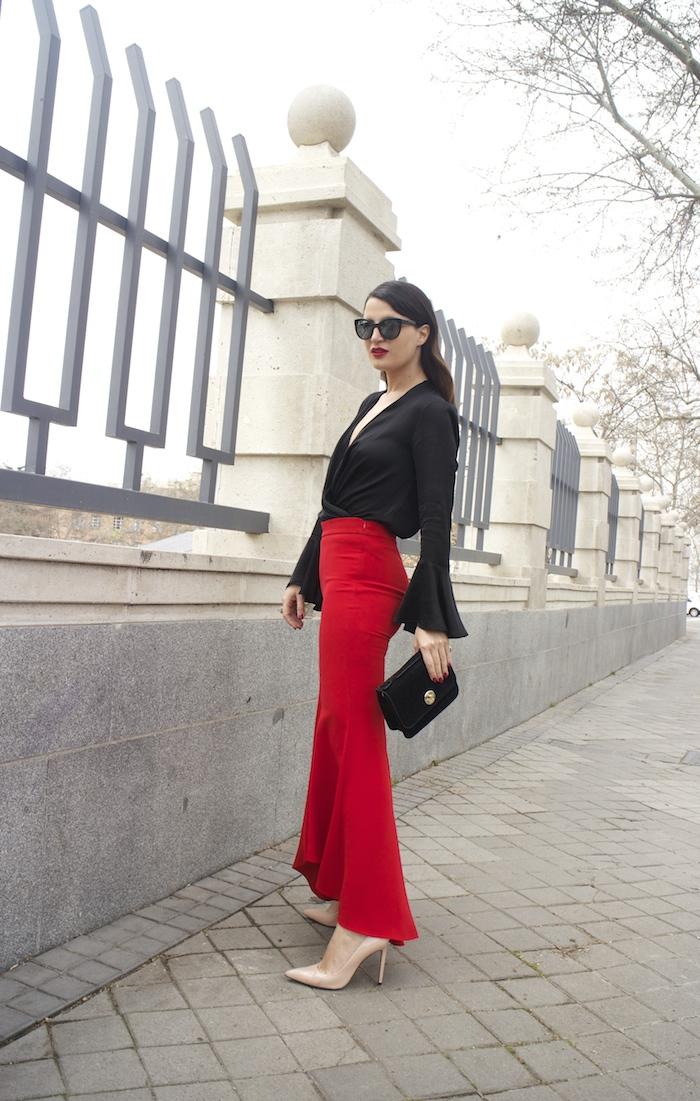 pantalón volantes rojo zara camisa volantes chaqueta volantes Zara stilettos uterque gafas chanel optica roma amaras la moda paula fraile velasco.4