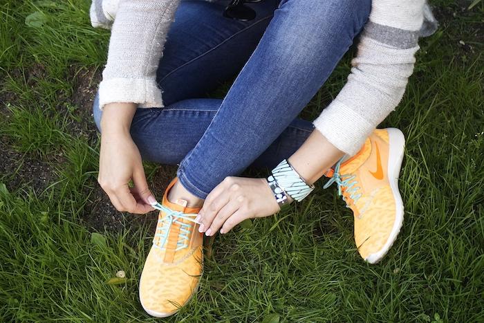 embajadora the rubz sneakers nike amaras la moda michael kors jeans2