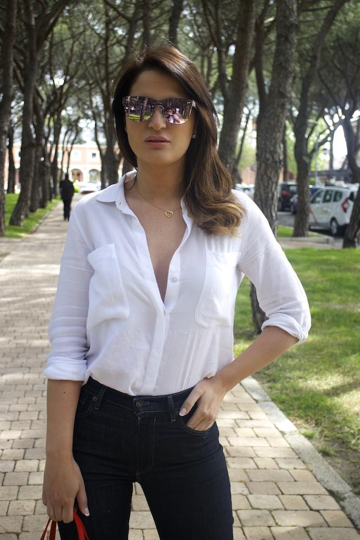 sunper sunglasses amaras la moda paula fraile Carolina Herrera bag2