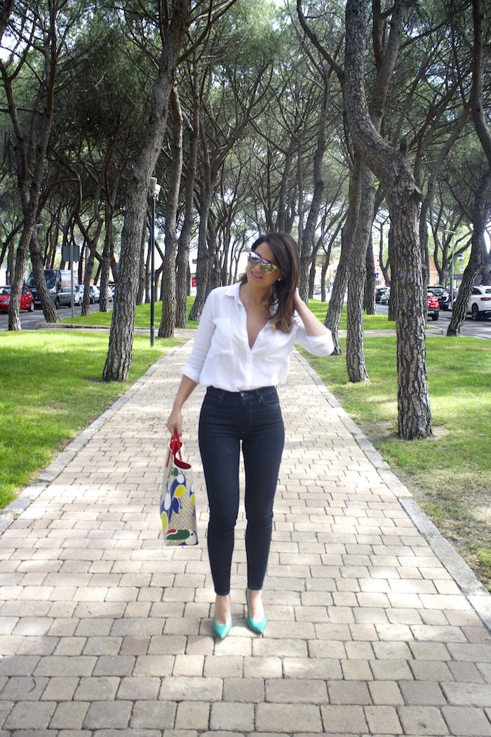 sunper sunglasses amaras la moda paula fraile Carolina Herrera bag5