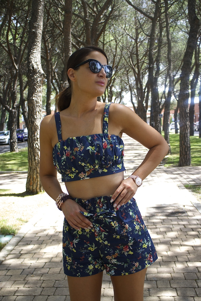 conjunto flores bershka embajadora henry london the rubz4