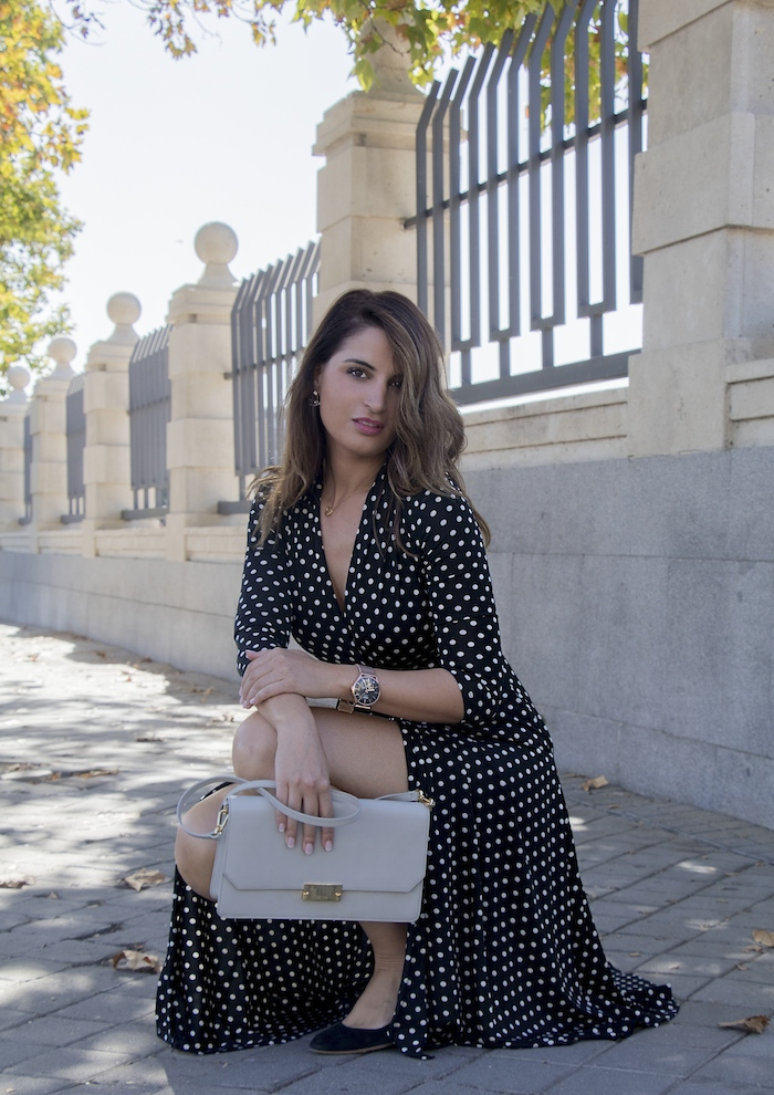 reloj henry london vestido dolores promesas paula fraile amaras la moda Nicholas Kirkwood8