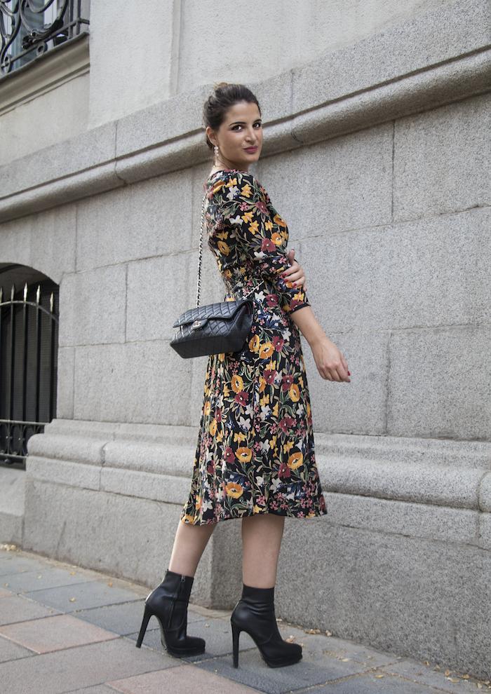 vestido flores prendientes pendientes acus amaras la moda paula fraile5
