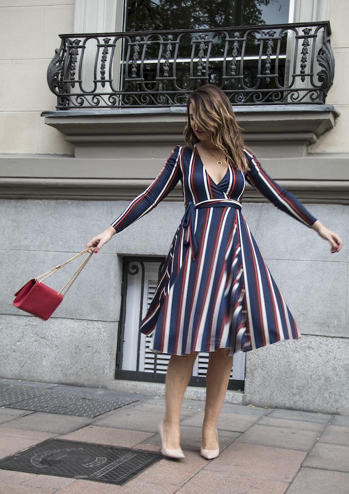 vestido rayas zara bolso Yves Saint Laurent uterque stilettos amaras la moda paula fraile.5