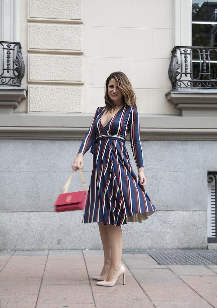 vestido rayas zara bolso Yves Saint Laurent uterque stilettos amaras la moda paula fraile.8