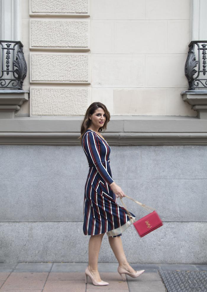 vestido rayas zara bolso Yves Saint Laurent uterque stilettos amaras la moda paula fraile.9