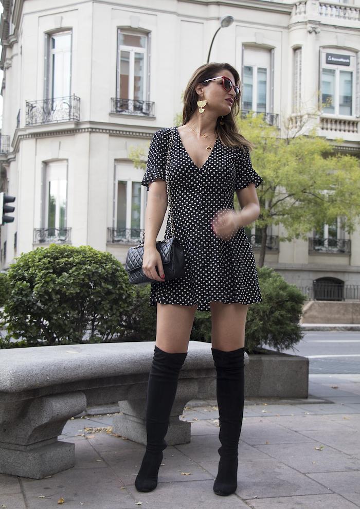 vestido zara lunares gafas la optica online bolso chanel amaras la moda paula fraile.10