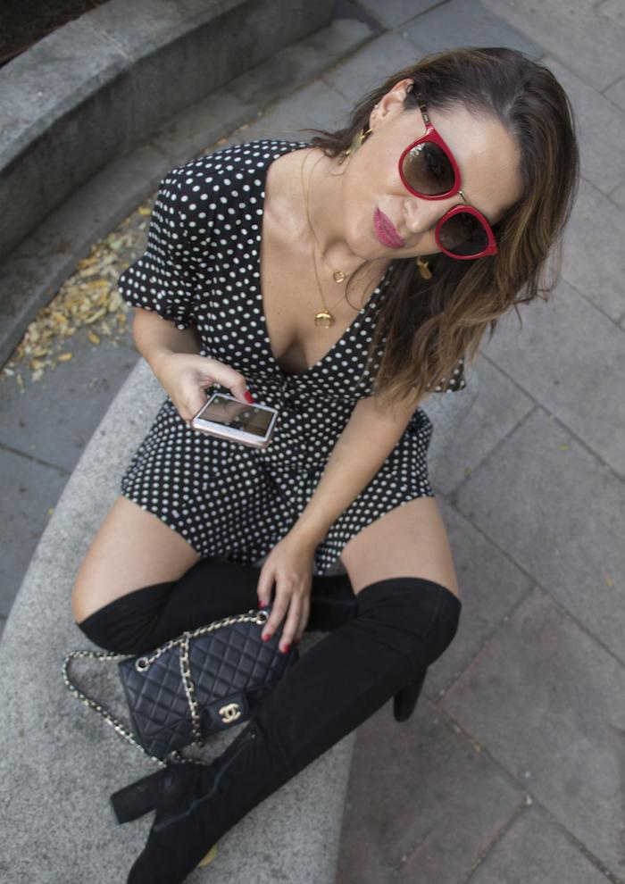 vestido zara lunares gafas la optica online bolso chanel amaras la moda paula fraile.12