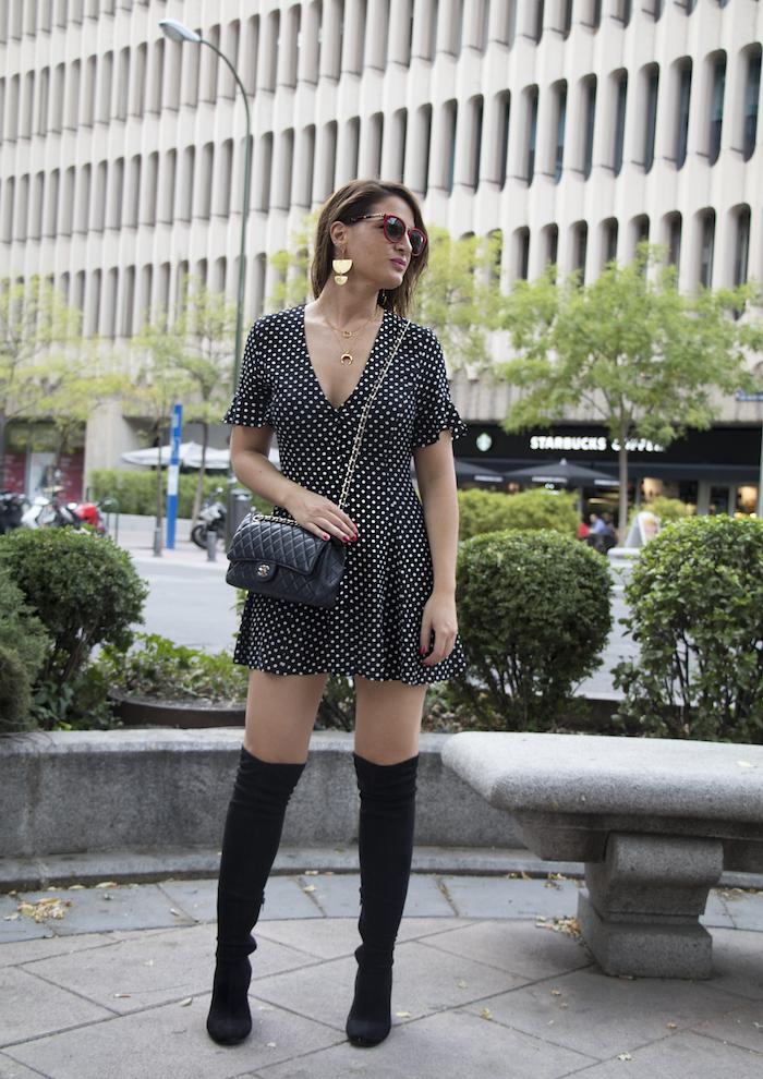 vestido zara lunares gafas la optica online bolso chanel amaras la moda paula fraile